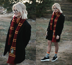 Vlada Kozachyshche - Dress, Topshop Coat, Glasses, Universal Studios Orlando Store :) Gryffindor Scarf, Sammy Icon Socks, Dress Shoes - Harry Potter style