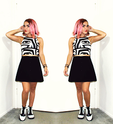 SV - American Apparel Graphic Eye Print Crop, Brandy Melville Usa Courduroy Black Skirt, Asos Oxford Boots - Permanently Pink?