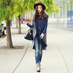 Shelly LIU - Givenchy Bag, Aldo Shoes, H&M Top - LAYERED UP SEASON