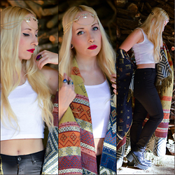 Valeria S. - Cndirect Crop Top, New Look Head Chain, New Look Wrap, Bershka Pants - Woods