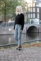 Merel - Monshoe Sneakers, Monki Mom Jeans, Monki Cropped Knit - I HAVE BEEN CRAZY