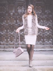 Stefanie - H&M Fake Fur Vest, H&M Pencil Skirt, Vintage Handbag, Zara Ankle Boots, Tally Weijl Knit - Nudes & brown