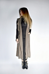 Lena Antonacci - Dresslink.Com Sleeveless Trench Coat, Ardene.Com Maxi Turtleneck Dress - Deep in the trench