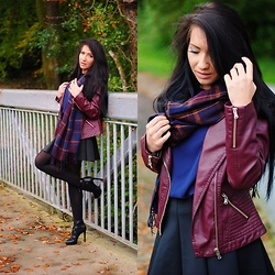 Klaudia Warasiecka - Romwe Jacket, Sheinside Skirt, Sheinside Scarf - Burgundy leather jacket