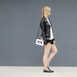 Casey Folchard - Even&Odd Slippers, Even&Odd Panda Mini Bag, River Island Loose White Blouse, The Fifth Label Culottes Shorts, Zara Faux Leather Biker Jacket - Late Summer Yearnings