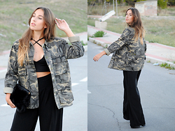 Claudia Villanueva - Zara Jacket, Yoins Crop Top, Asos Pants, Stradivarius Clutch - Confidence