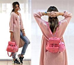 Perventina Ols - Grafea Backpack, Frontrowshop Sneakers - Pink mist