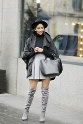 Manuella Lupascu - Leather Bag, Shein Cape, Choies Skirt, Choies Gray Boots - Gray all the way