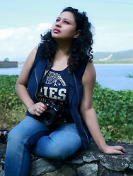 Mallika Buragohain -  - The blue photographer