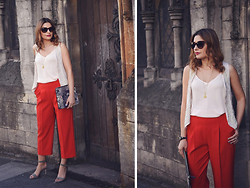 Elena Sandor - Zara Trousers, Dorothy Perkins Vest, Dune Sandals, Dsquared2 Sunglasses, Warehouse Clutch - Little red riding hood – the modern version