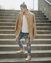 Edgar - Maison Martin Margiela Mold Effect Loafers, Primark Diy Ripped Denim Jeans, H&M Plain Cotton T Shirt, Primark Sunglasses, Camel Overcoat - CAMEL OVERCOAT // See More In Description