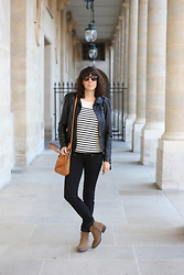Audrey B - Freeman T Porter Slim, Clarks Boots, Terre De Marins Jumper, Vila Clothes Leather Veste, Fossil Handbag - Back to Basic