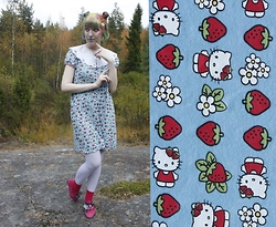 Lindwormmm - Thrifted Hello Kitty Dress, Thrifted White Collar - Hello Strawberry Kitty