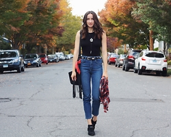 Lindsay W. - Urban Outfitters High Waist Girlfriend Jeans, Missguided High Neck Bodysuit, Sam Edelman Booties - New Age Mom Jeans