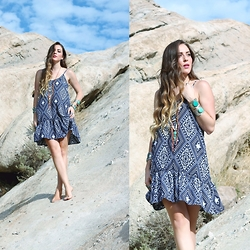 Ashley Prybycien - Bailey Blue Clothing Amelia A Line Dress, Chelle Shannon Handmade Necklace - Navajo Lust