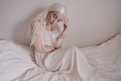 Rebecka Bjurmell - Monsoon Dress, Glitter Bracelets, Buttericks Wig, Essie Nail Polish - Mother Of Dragons