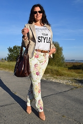 Gaby Forciniti - Clockhouse Blazer - Floral pants and blazer