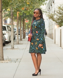 Liz Lizo - Kenzo Dress - Kenzo Shadow Flowers