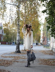 Anna Wiklund - Fringe Bag, Faux Fur Ball - SUCH A WICKED GAME