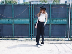 Una Yeung - H&M Vest Sweater, H&M High Waist Pants, H&M Black Hat, Superga White Sneakers, Links Of London Classic Watches - WHAT IS FASHION