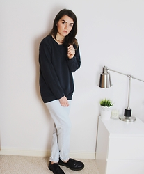 Georgie J - Topshop Sweater, Bdg Mom Jeans, Dr. Martens Dr Boots - Oversized Sweater