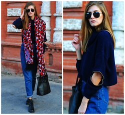 Yulia Sidorenko - H&M Scarf, Oasap Sweater, Dressin Bag, H&M Boots, Dressgal Sunglasses, Choies Jeans - Bright leopard and cutouts