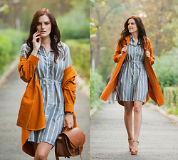 Viktoriya Sener - Sheinside Dress, Sheinside Coat, H&M Bag, Sante Shoes Sandals - MUSTARD & GREY