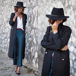 Zoé Alalouch - Missguided Coat, Herman Headwear Hat, Asos Heels - HEELS & COAT