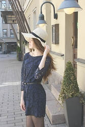 Adelina - Zara Dress, Gina Tricot Hat - Deep in thoughts