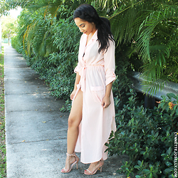 Lynnette Joselly -  - Soft Pink is the New Nude For Fall