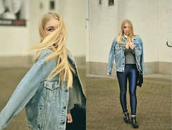 Milena Olimpia Dziewulska - Second Hand Pants, H&M Sweater, New Look Shirt, Yves Rocher Bag, No Name Boots - Forever jeans