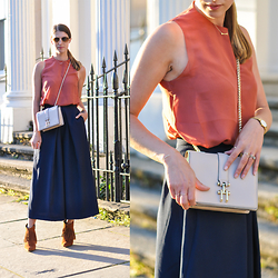Wendy H G - Reiss Top, Reiss Bag - Hotumn