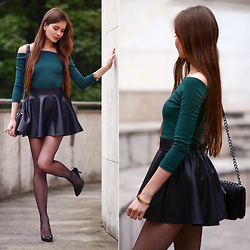 Ariadna M. - Black Leather Skirt, Green Top - Fishnet tights
