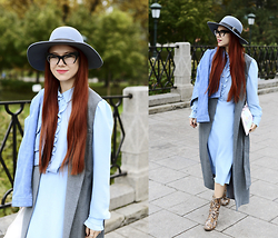 Jenny Danilkova - Topshop Long Grey Vest, Annaivanova Blue Midi Dress, Mango Snake Boots - Romantic blue and snake boots
