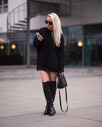 Olga Oliwye Soukupova - Zara Black Oversized Sweater, Céline Mini Nano Luggage Bag, Office Shoes Black Leather Hi Overknee Boots - BLACK CAT