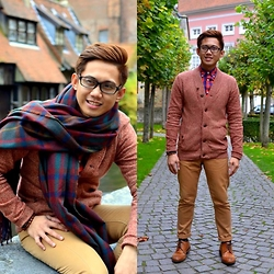 Kenn Cerbo - Zara Oversized Scarf, Ted Baker Cardigan, Gap Buttondown, New Look Wingtips - CHASING FALL