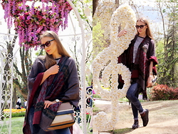 Diana Guţu - Just Cavalli Sunglasses, Zara Jeans, Zara Bag - Poncho and Floral Love