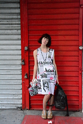 Emily Threaditor - Chesley Newspaper Dress, Forever 21 Barbie Bag, H&M Pleather Rucksack, Nike Gold Sneaks - NYC loves me