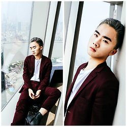 Jocelyn Yih - Maison Martin Margiela Mould Effect Boots, Topman Burgundy Skinny Suit - Burgundy at the Ritz