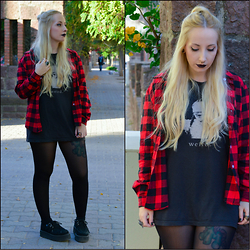 Valeria S. - Tuk Creepers, Cndirect Flannel Shirt - Weird
