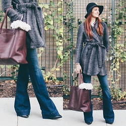 Jackie Welling - Jack By Bb Dakota Cozy Wrap Coat, J Brand Flare Jeans, Madewell Maroon Tote Bag - Cozy Wrap Coat