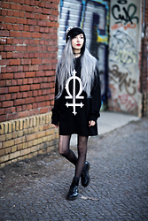 Kimi Peri - Long Clothing Omega Sleeve, Tights, Dr. Martens Vegan Leather Boots, Choker - My Kind Of Hell