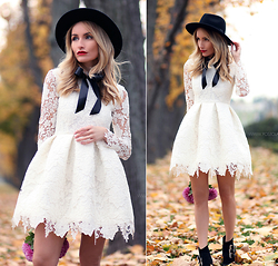 Silvia P. - Postolatieva Dress, H&M Hat - Sweet november