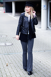 Anita VDH - Topshop Ribbed Flare Trousers, Mango Leather Jacket, Modemusthaves Fisherman's Hat, Dr. Martens All Black Dr - Ribbed Flare Trousers
