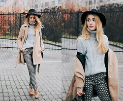 Anna Pogribnyak - Romwe Coat, Romwe Sweater, Alysi Pants, Vagabond Boots, Accessorize Hat - Oops it's raining again