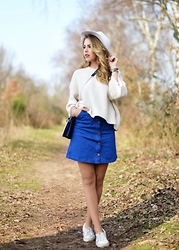 Tanita L. - H&M Skirt - White Hat