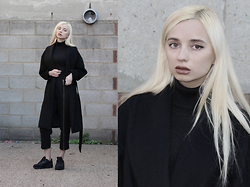 Magdalena M - Trousers, H&M Coat - Fall