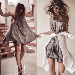 Elle-May Leckenby - Acid Wash Flare Dress, Gold Bar Shades - Worlds most comfortable dress