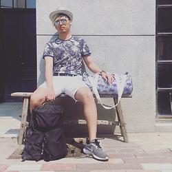 Jeter Chou - Zara Floral Print T Shirt, Ray Ban Aviator Sun Glasses, Calvin Klein Wristband Watch, Forever 21 Sea Creatures Print Barrel Bag, Prada Backbag, Nike Roshe Run Flyknit, Forever 21 White Shorts, Uniqlo Panama Hat - Get ready for a small trip