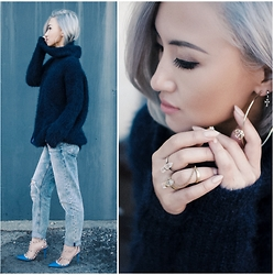 Gigi Lam - Oversized Sweater, Topshop Hayden Jeans, Valentino Rockstud Heels, Krystal Knight Jewelry Rings - HAPPY THANKSGIVING